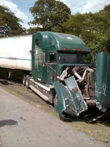 Vehículo pesado implicado en la tragedia.