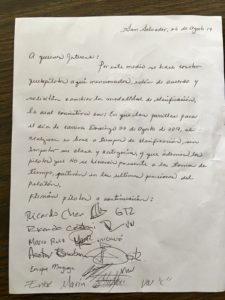 Carta que los pilotos firmaron para aprobar el cambio y relegar a los pilotos que no estuvieron en la clasificación.