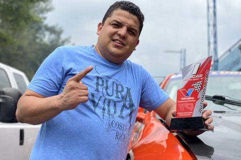 """Carlos Parrilla mete """"hattrick"""" en el Pedro Cofiño"""